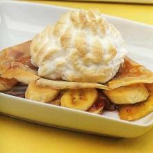 Crépes de plátano con merengue